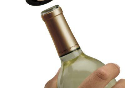 oster-cordless-wine-bottle-opener4