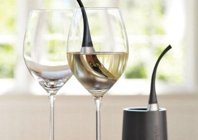 skybar-wine-chill-drops-white-wine