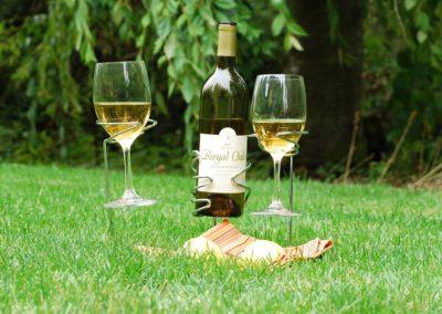 sorbus-wine-stakes-set-outdoor