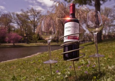 sorbus-wine-stakes-set-picnic-lake