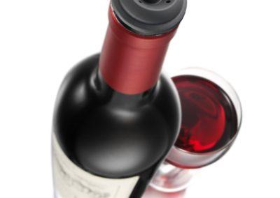 vacu-vin-wine-saver-pump-top-angle